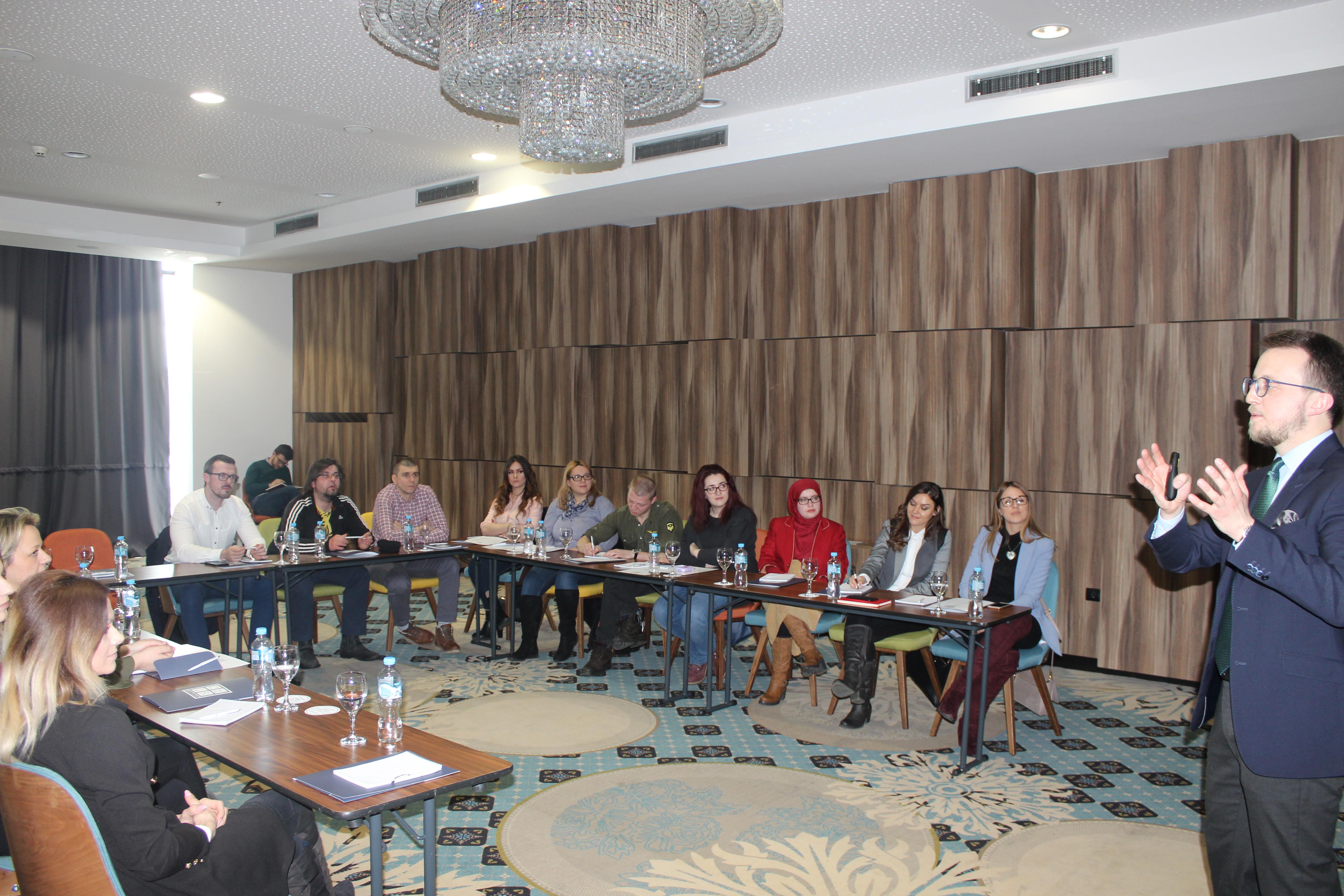 CaDa saradnici na treningu o javnom nastupu 2